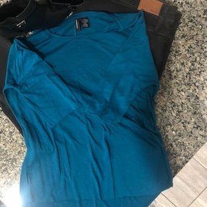 NWOT Blue Teal women's shirt - L